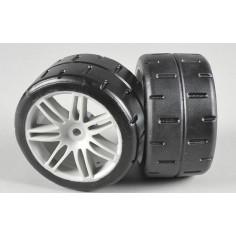 Rear tires type D (hard) glued on white rims